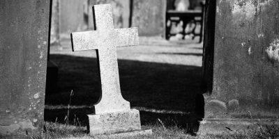 Ako sa vyrovnať so smútkom po smrti milovaného človeka?