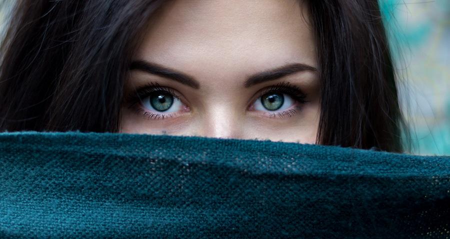Ako na opuchnuté oči - čo vám určite pomôže?